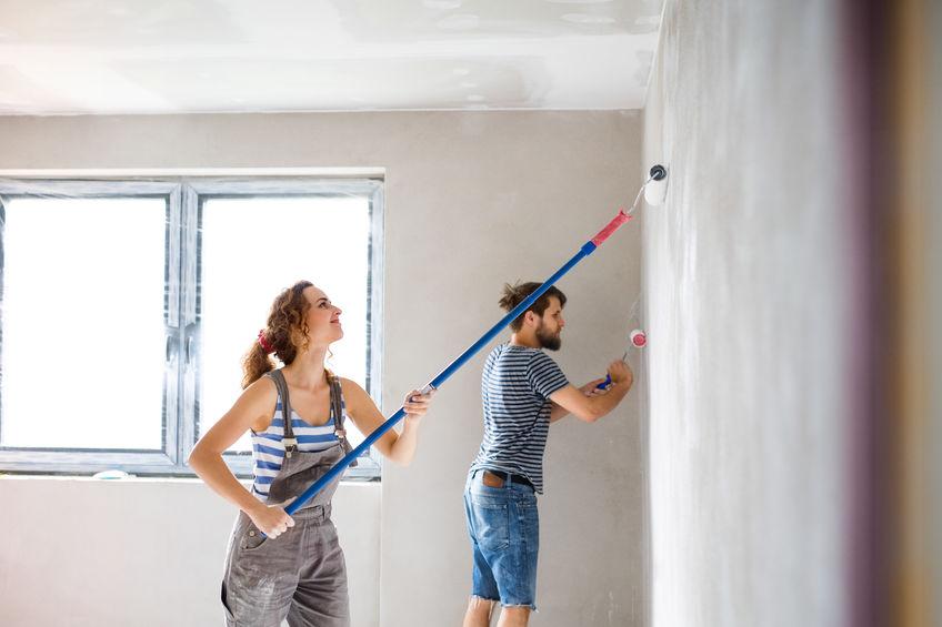 So schützen Sie Fenster bei der Renovierung