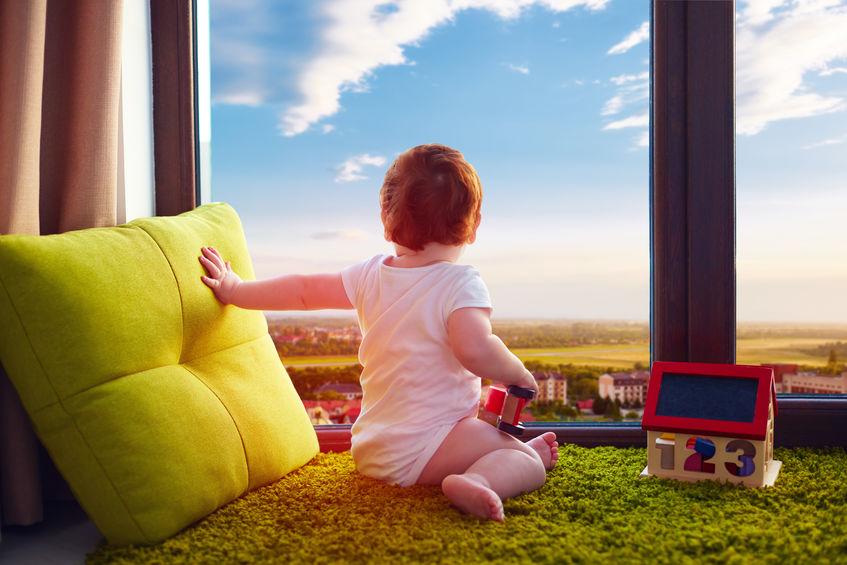 Fenster und Kleinkinder